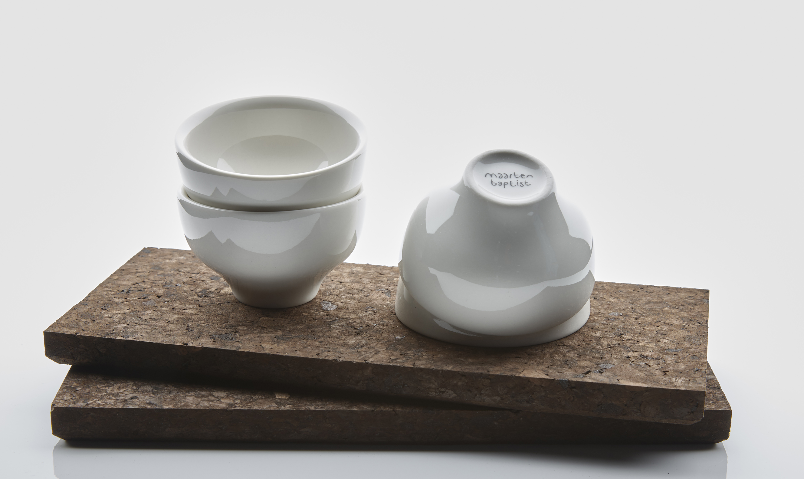 Jade_espresso_cups_on_cork_tray_gift_set_maarten_baptist_koffie_kopje_dutch_design_eindhoven _15_SMALL